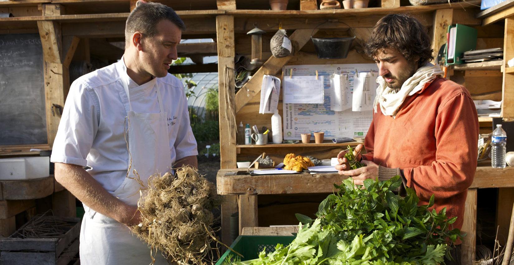 Le cuisinier et le chef de culture ©Ferme biologique du Bec Hellouin